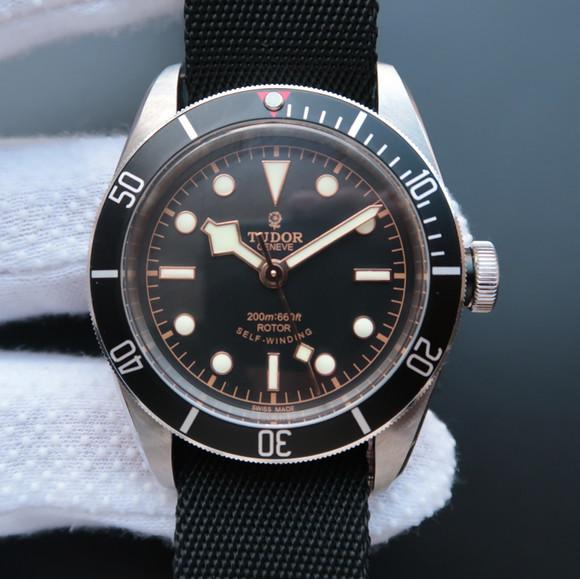 帝舵/帝陀/帝驼Tudor小黑花HERITAGE BLACK BAY系列79220B男士自动机械精仿手表